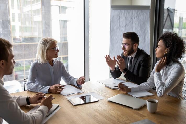 Semplici consigli per parlare della tua azienda in inglese a chi non fa parte del tuo business - Wall Street English